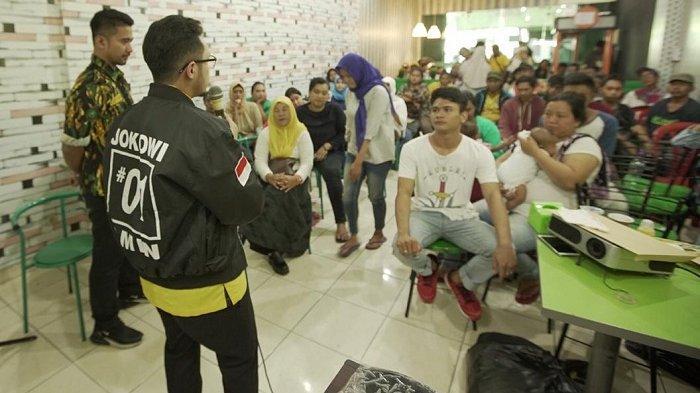 Avner Raweyai Blusukan Door to Door Ajak Warga Jakarta Utara Memilihnya di Pemilu 2019