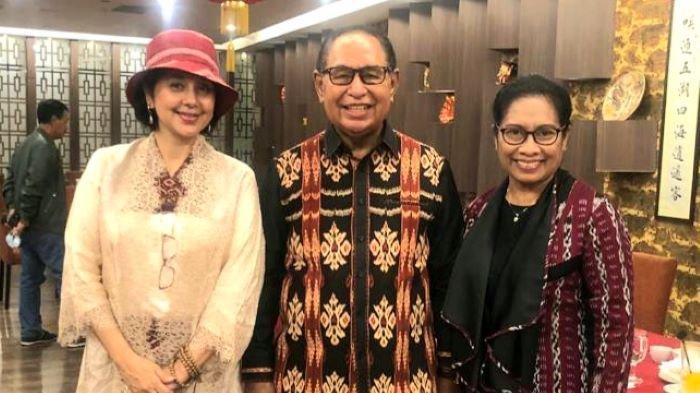 Ayu Azhari Promosikan Kain Tenun Nusa Tenggara Timur ke Penjuru Dunia, Bentuk Cinta pada Indonesia