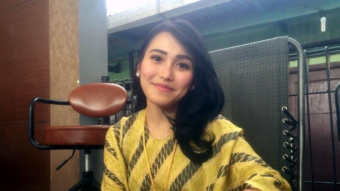 Ogah Pacari Cowok Asing, Ayu Ting Ting: Sama Orang Indonesia Aja Masih Banyak Enggak Cocoknya