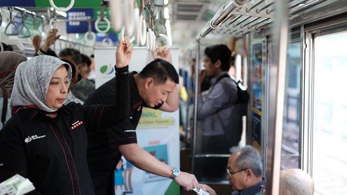Sambut Hari Pelanggan Nasional, BPJS Ketenagakerjaan Membagikan 1.000 Kartu Uang Elektronik