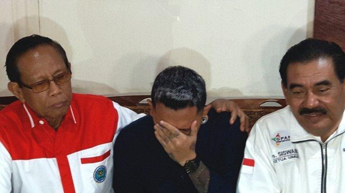 Polisi Belum Memperbolehkan Nunung Dijenguk dengan Alasan untuk Upaya Pengembangan Kasus