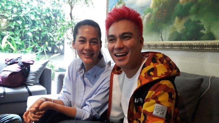 Baim Wong dan Paula Verhoeven ketika berbincang di rumah mereka di kawasan Tanah Kusir, Kebayoran Lama, Jakarta Selatan, Rabu (7/8/2019).