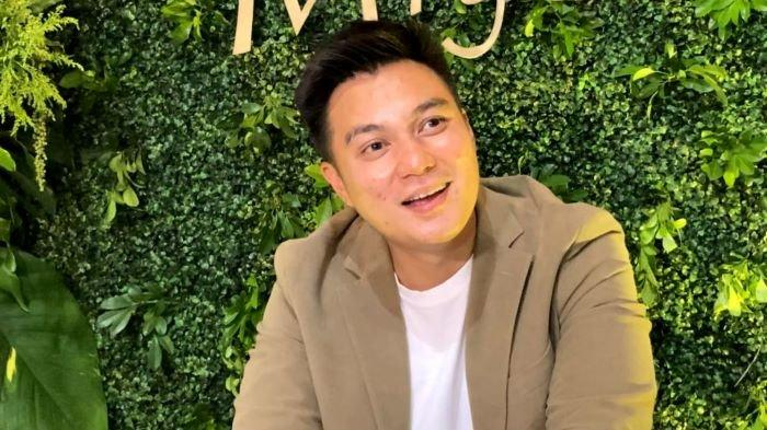 Merasa telah dirugikan, pemain film dan YouTuber Baim Wong melapor ke Polda Metro Jaya pada awal Agustus 2021. Baim Wong disela menghadiri acara penganugerahan di TransTV, Mampang Prapatan, Jakarta Selatan, Rabu (24/3/2021).