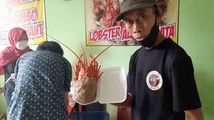 Sempat Dituduh Pakai Lobster Plastik karena Harga Murah, Pemilik Bakso Lobster Permata: Cicip Saja