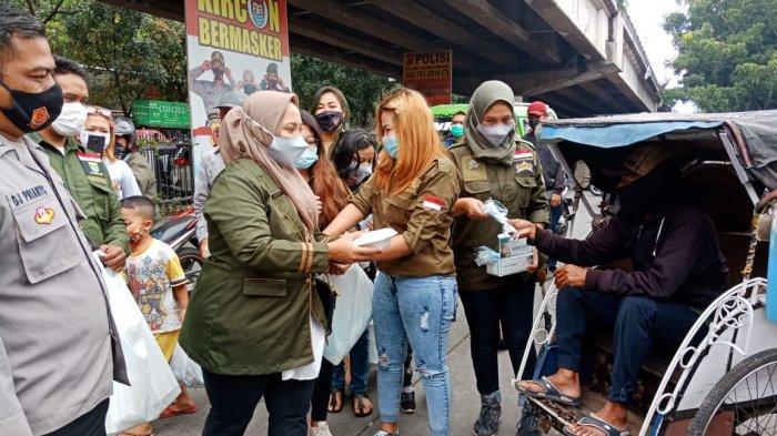 Bantu Masyarakat Saat Pandemi, Brigez Salurkan Ribuan Masker dan Makanan di Bandung