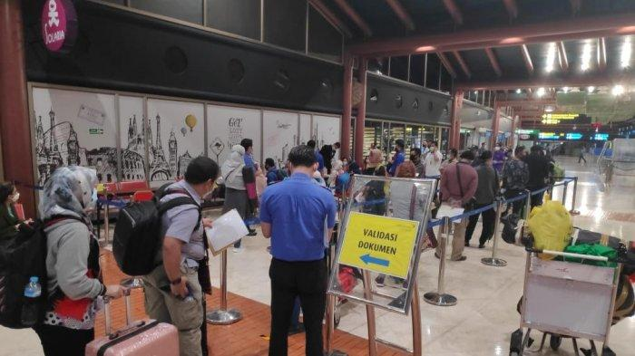 Lion Air Kembali Beroperasi di Tengah Pandemi Covid-19 Hari Ini, Bandara Soekarno-Hatta Penuh Sesak