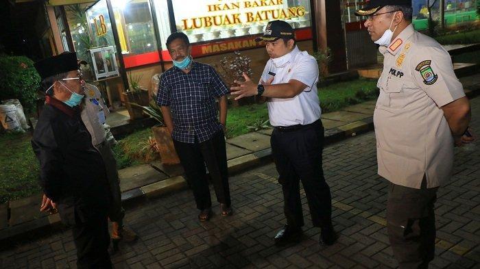 Warga Tangerang Bandel Masih Marak Nongkrong di Tengah Wabah Virus Corona
