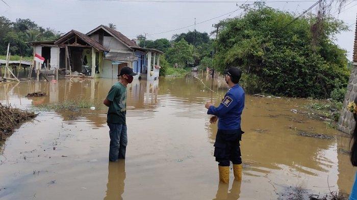 BREAKING NEWS: Sejumlah Titik Wilayah Tangerang Kebanjiran Jelang Lebaran