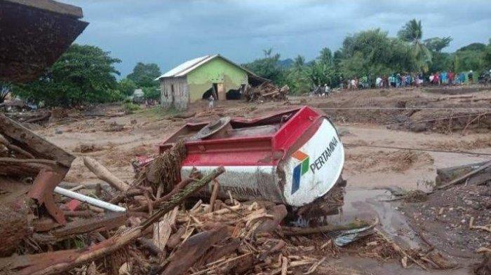 UPDATE Banjir Bandang di NTT, BNPB: 128 Orang Meninggal, Dampak Cuaca Ekstrem Siklon Tropis Seroja