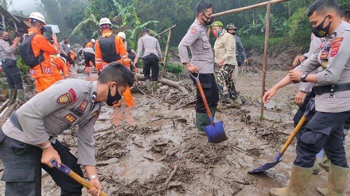 1.025 Jiwa Korban Bencana Alam di Gunung Mas Cisarua Bogor Mengungsi di Dua Lokasi Agrowisata