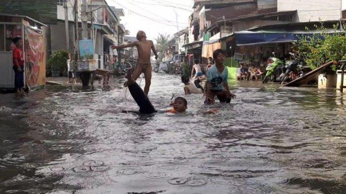 Pluit Langganan Banjir, Malah Dibeton Untuk Kawasan Kuliner 11 Persen dan Diklaim Pertahankan RTH