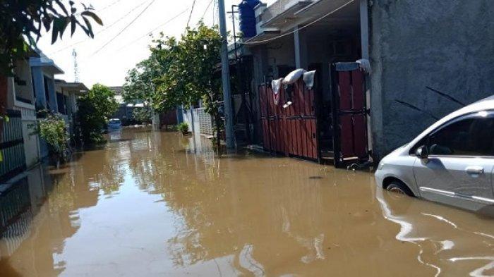 Rintihan Korban Banjir Tangerang Pekerjaan Tanggul Belum Rampung dan Pompa Air Mati