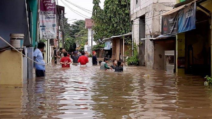 Bosan Hadapi Banjir, Warga Cipinang Melayu Minta Normalisasi Kali Sunter Segera Dilakukan