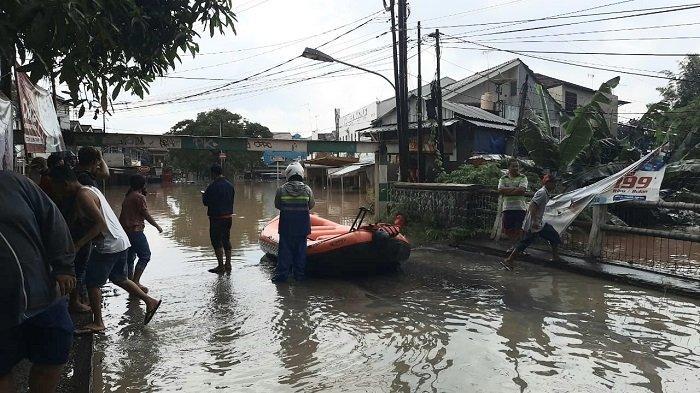 Kali Bekasi Siaga Satu, Banyak Perumahan di Bekasi Terendam Banjir