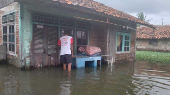Sejak 4 Februari Sebanyak 2.806 Rumah di Karawang Masih Terendam Banjir