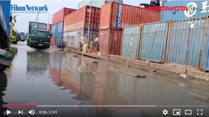 VIDEO Banjir Rob di Pelabuhan Sunda Kelapa Mulai Surut, Kendaraan Sudah Bisa Melintas