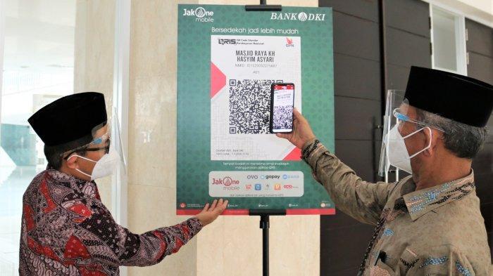 Fitur Scan To Pay Bank DKI Permudah Masyarakat Bayar Zakat Infaq dan Sedekah