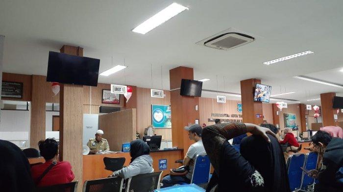 Setelah Selama Sepekan Server Down Akhirnya Pelayanan Warga di Kecamatan Cileungsi Telah Membaik