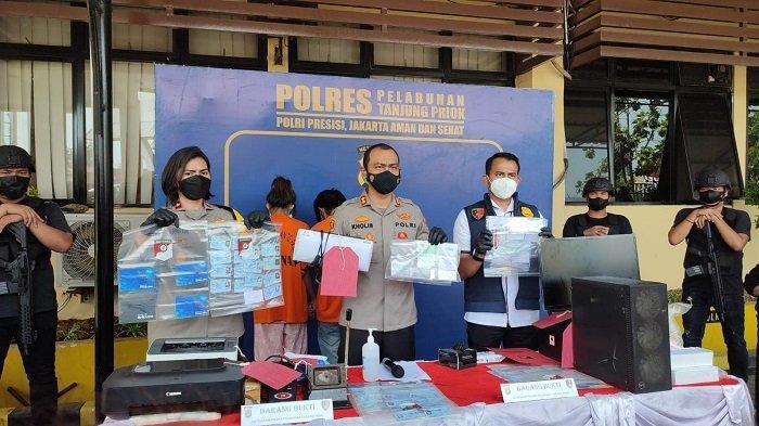Jual Sertifikat Vaksinasi Covid-19 Palsu, Pasutri Diciduk Polres Pelabuhan Tanjung Priok