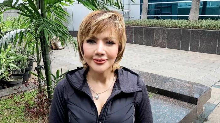 Barbie Kumalasari di TransTV, Jakarta Selatan, Kamis (12/11/2020). Sejauh ini Barbie Kumalasari sudah sangat merindukan Galih Ginanjar yang sudah lebih dari satu tahun mendekam di penjara.
