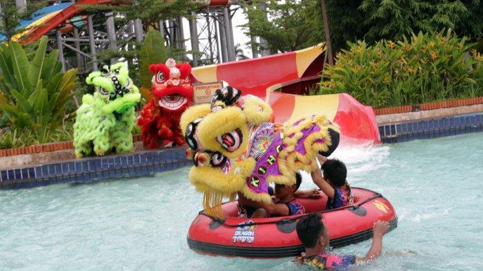 VIDEO: Barongsai Slide Hingga Flyboard akan Meriahkan Cap Go Meh di Atlantis Water Adventures