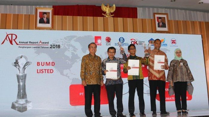 Terapkan Keterbukaan Informasi, Laporan Tahunan Bank DKI Raih Annual Report Awards