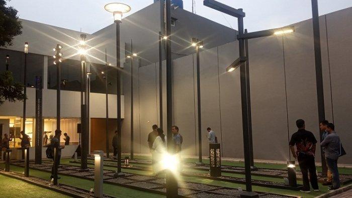 Resmikan Flagship Store Pertama di Indonesia, Ligman Perkenalkan Produk Lampu Terkoneksi Internet