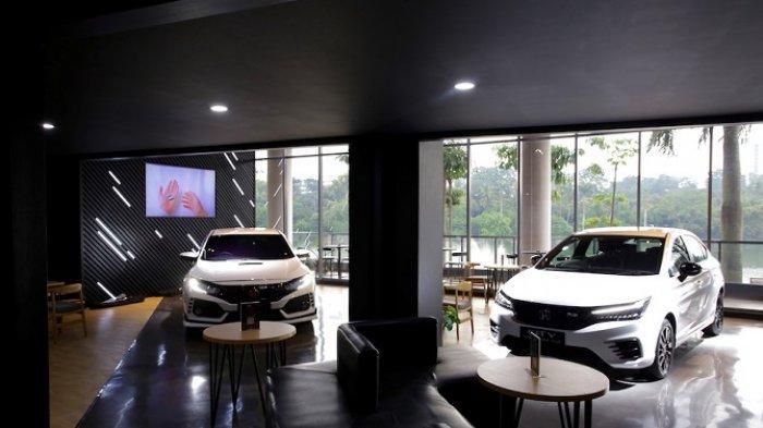 PT HPM Pamerkan City Hatchback RS dan Civic Type R Special Edition di Dreams Cafe Senayan Park
