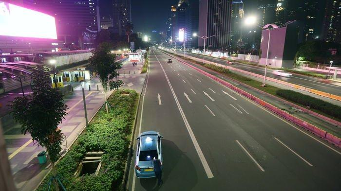 BERITA FOTO: Beginilah Suasananya ketika Pusat Kota Jakarta Lengang