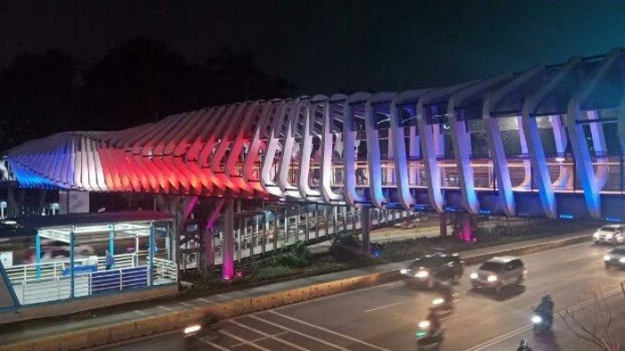 Berduka, Pemprov DKI Pasang Lampu LED JPO Kekinian dengan Warna Bendera New Zaeland