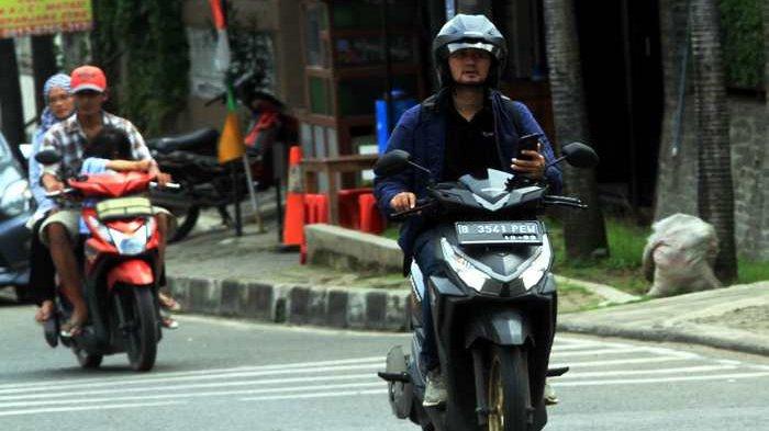 Hati-hati, Orang yang Kecanduan Berat Smartphone Gampang Kena Hipnotis