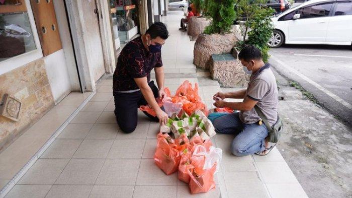 Lewat Gerakan PSBB, Influencer Bernard Huang Bantu Pedagang Kecil yang Terdampak Covid-19