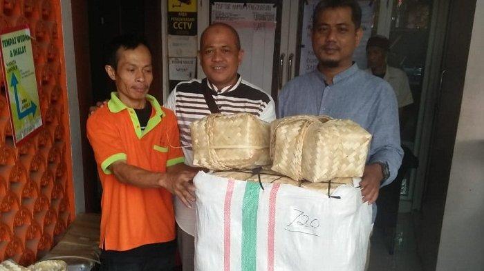 Wakil Wali Kota Tangsel Imbau Warga Tak Gunakan Kantong Plastik Saat Bagikan Daging Kurban