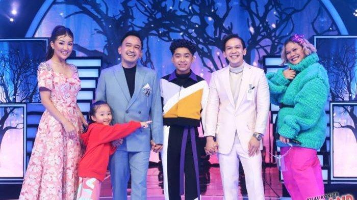Betrand Peto saat tampil di acara Kilau Konser Betrand Jilid 3 ditemani Ruben Onsu dan Sarwendah Tan, hingga Jordi Onsu dan Okky Lukman, Minggu (28/3/2021) malam.