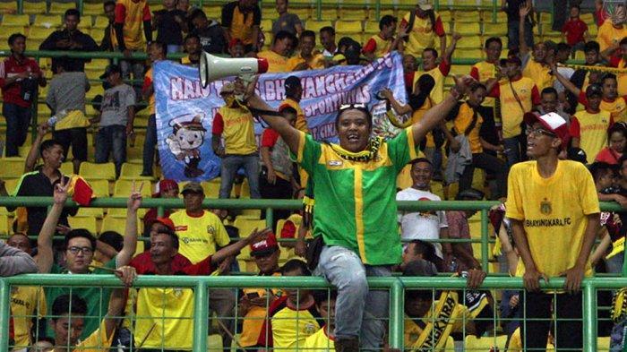 Brahmania suporter tim Bhayangkara Solo FC