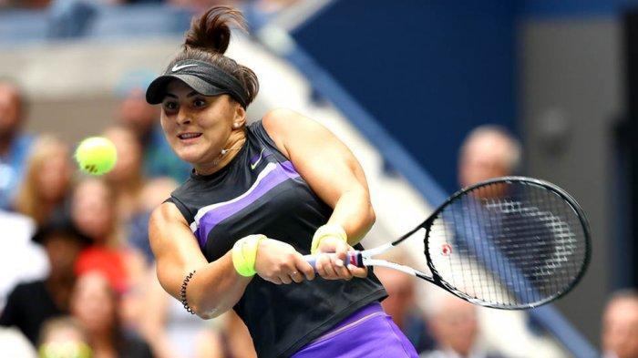 Aksi Bianca Andreescu saat bertanding tenis diajang yang digelar WTA