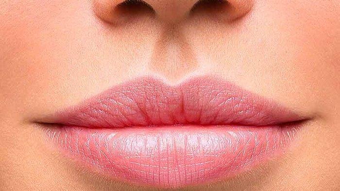5 Cara Sederhana Membuat Bibir Anda Merona Pink Cerah nan Segar