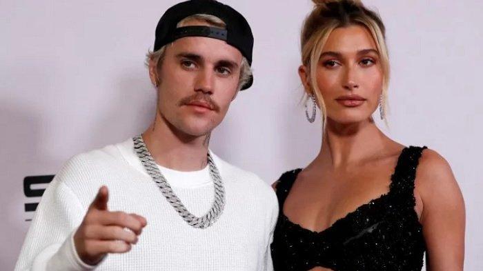 Justin Bieber dan Hailey Baldwin di penayangan