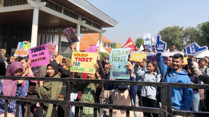 Big Audition Indonesian Idol Season 10 Surabaya Sedot Perhatian Ribuan Peserta