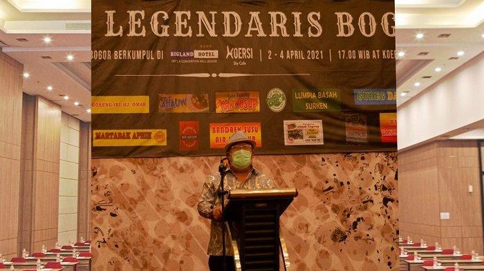 Simarba Atong, pemilik Bigland Hotel Bogor memberikan sambutan.