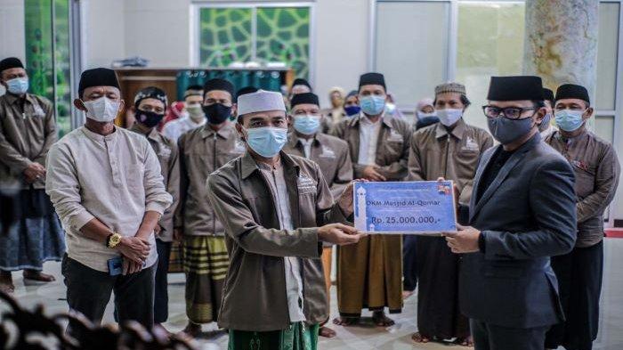 Pemkot Bogor Kucurkan Hibah Rp 1,45 Miliar untuk 58 Masjid, Bima Arya Berharap Jadi Megah dan Makmur
