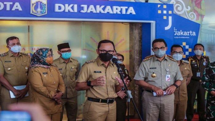 Wali Kota Bogor Bima Arya menghadiri rapat bersama Gubernur DKI Jakarta Anies Baswedan.