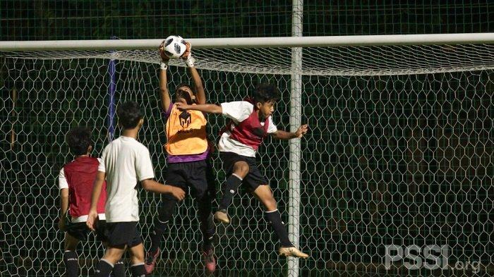 Bima Sakti Seleksi 30 Pemain di Senayan Untuk Membela Timnas U-16 pada Turnamen Piala AFF U-15