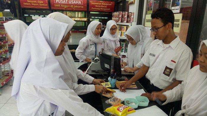 Belajar Bisnis Retail Di Sekolah Minimarket Masuk Smk 45 Warta Kota