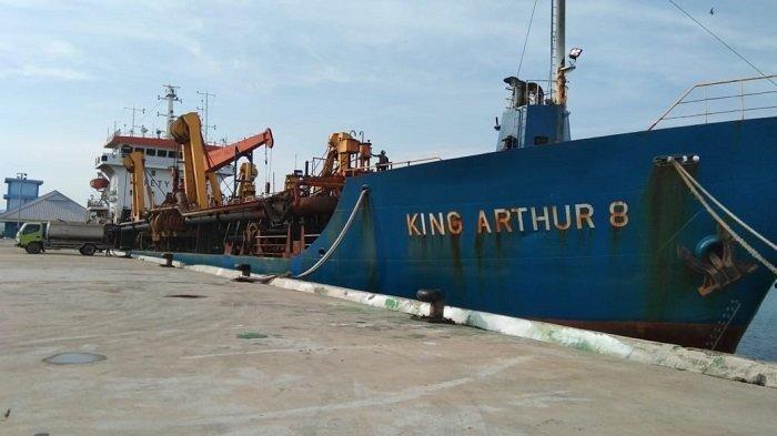 16 Jam Sebelum Operasi Pencarian Dihentikan, TSHD King Arthur 8 Sukses Temukan CVR SJ 182