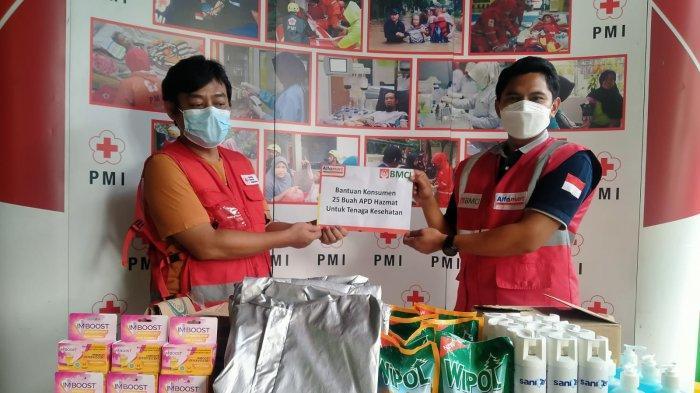 BMCI Salurkan Bantuan dari Donasi Konsumen Alfamart untuk Relawan PMI Kota Tangerang