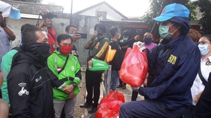 Terlambat Sehari, Bantuan Paket Sembako PSBB di Jakarta Barat Sudah Disalurkan ke RT/RW