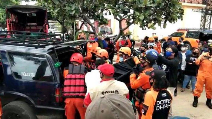 Keluarga Histeris Saksikan Bocah yang Tenggelam di Pantai Bahtera Jaya Ancol Tak Bernyawa Lagi
