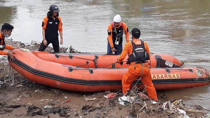 Korban Hanyut Tenggelam di Kampung Melayu Diketahui Punya Kemampuan Berenang