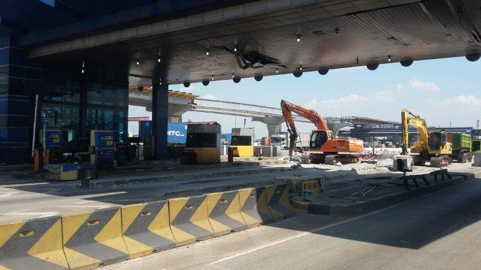 Delapan Gardu di Bekas Gerbang Tol Cikarang Utama Dibongkar karena Bisa Bahaya
